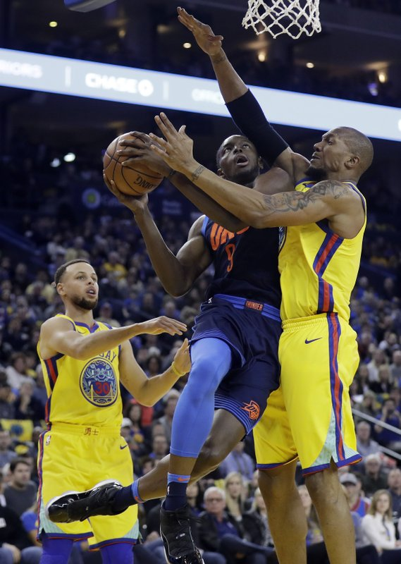 bd89cf292353 GSW routs Thunder with Durant on lead
