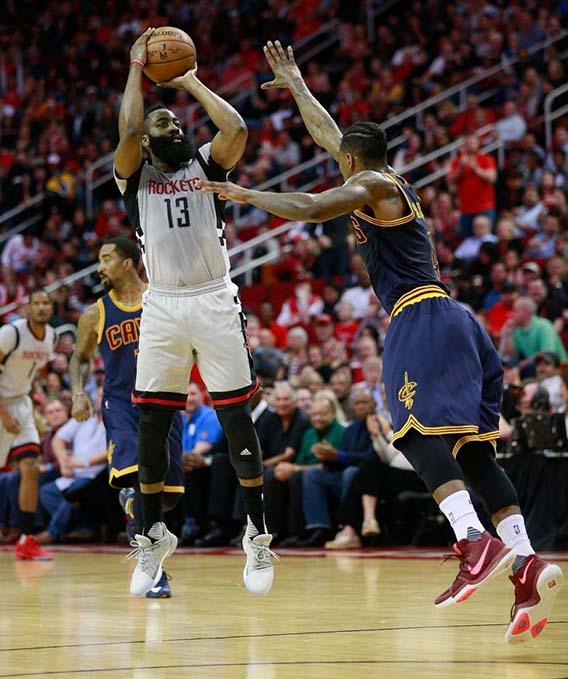 Houston Rockets Iman Shumpert: Harden's Triple-double Helps Houston Upset Cavs, LeBron