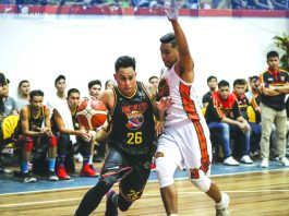 Mark Tallo finished the match with 31 points, four rebounds, six assists, and six steals for Bacolod-Masters Sardines. ABS-CBN SPORTS
