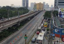 Photo shows EDSA traffic before ASEAN Summit. GOCC dividends help ensure funding for infrastructure program. GMA