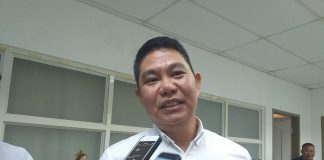 """LEAVING YESTERDAY BEHIND. Police Colonel Roland Vilela, incoming police director of Iloilo province, says he has moved on from past scandals when he was younger. """"Pinagsisisihan ko na 'yon,"""" he told journalists during a visit to the Iloilo provincial capitol on Aug. 20, 2019. IME SORNITO/PN"""