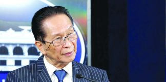 Presidential Spokesperson Salvador Panelo says the Philippines has no plans of setting aside the arbitral victory for the planned joint oil and gas exploration with China in the West Philippine Sea. PCOO