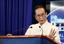 """That will solve everything kasi papasok ka sa female, siyempre di rin kumportable 'yung mga babae, alam nila lalaki pala iyun. Ganoon din sa kabila. The best is you have a third restroom for them,"" says Presidential Spokesperson Salvador Panelo. FILE PHOTO"