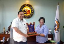Mayor Jerry Treñas of Iloilo City and Executive Assistant Rosario San Agustin with the Gawad KALASAG Award received by the city government from the Regional Disaster Risk Reduction and Management Council for Excellence in DRR and Humanitarian Assistance.