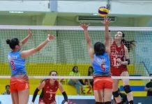 Rachel Anne Daquis of Cignal HD Spikers scores against the defense of Marinerang Pilipina Lady Skippers' Rhea Ramirez. PSL PHOTO