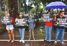 Activists call for the release of colleague Herman Allesa who was arrested in Maasin, Iloilo. Operatives of the Iloilo Police Provincial Office raided Allesa's house and reported having recovered a grenade. Allesa had served as treasurer of the peasant group PAMANGGAS Panay and Guimaras. He was arrested on Nov. 10, 2019 by policemen as one of several John Does charged for the June 2017 New People's Army raid of the Maasin police station. IAN PAUL CORDERO/PN