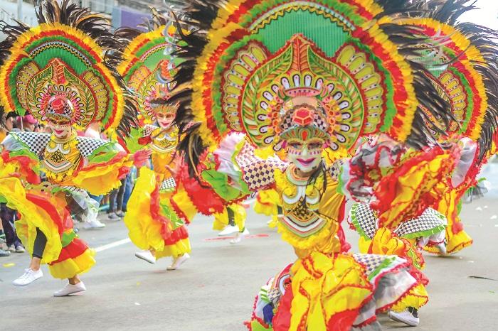 Barangay Estefania dominates Ruby MassKara Festival 2019's Street and Arena Dance Competition.