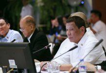 """""""Hindi ito maareglo hangga't hindi ko makausap 'yung mga (water) concessionaire,"""" says President Rodrigo Duterte. PCOO"""