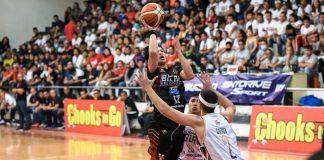 Bicol Volcanoes' Alwyn Alday attempts a teardrop basket against an opponent. MPBL