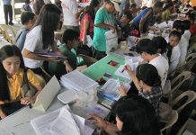 The Bureau of Internal Revenue is sticking with its target collection goal of P2.5 trillion for 2020 amid concerns over Taal disaster and the coronavirus disease. GMA