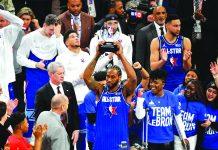 Los Angeles Clippers' Kawhi Leonard drops 30 points as Team LeBron edges Team Giannis, 157-155, during the 2020 NBA All-Star Games. BLEACHER REPORT