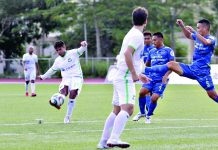 Green Archers United's Marvin Angeles attempts a curler versus Philippine Air Force during a Philippines Football League match in 2019. PFL